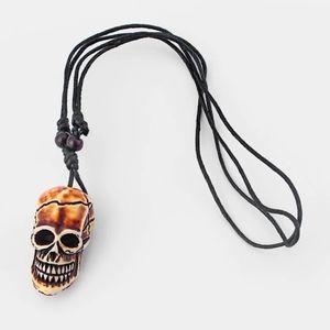 Men's NWT Carved Skull Adjustable Necklace